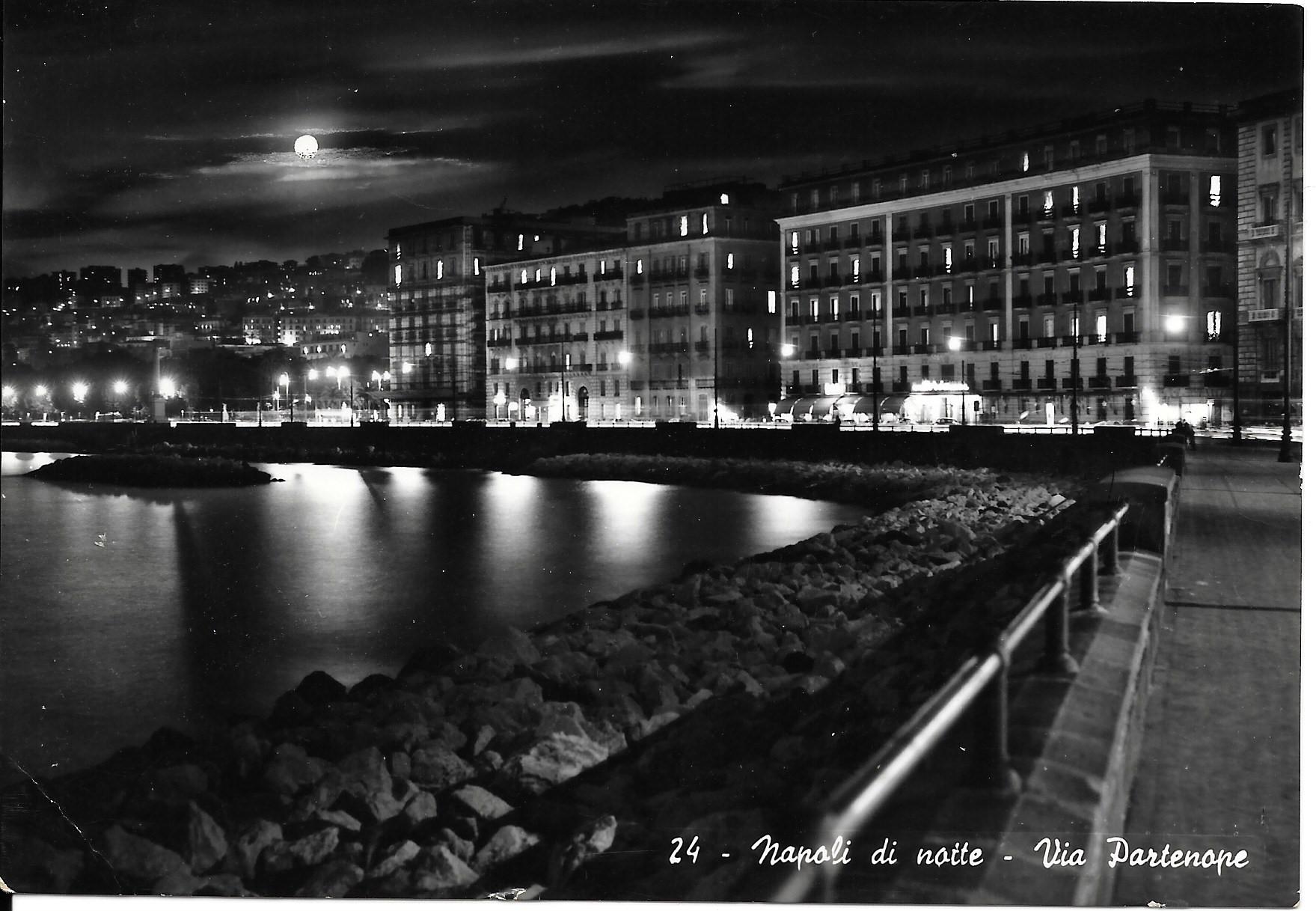 Nathan Never Libreria Peterpan Napoli Di Notte Via Partenope V1959