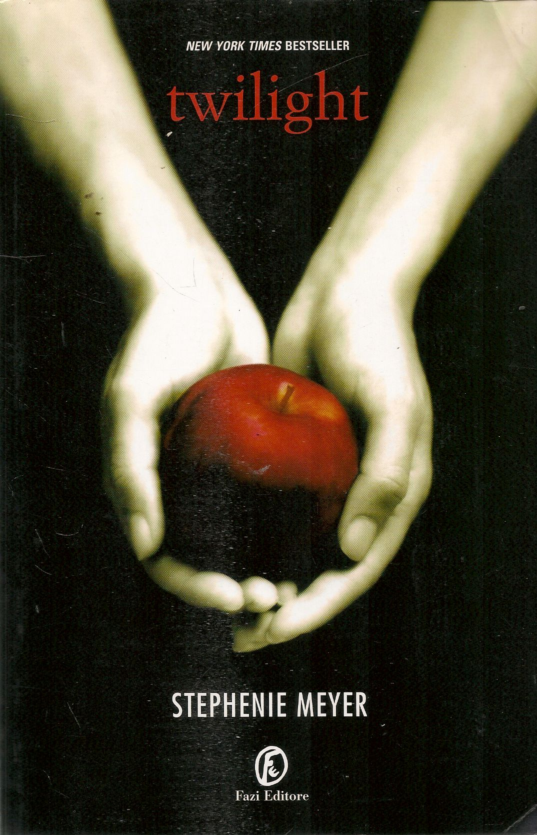 TWLIGHT - STEPHANIE MEYER