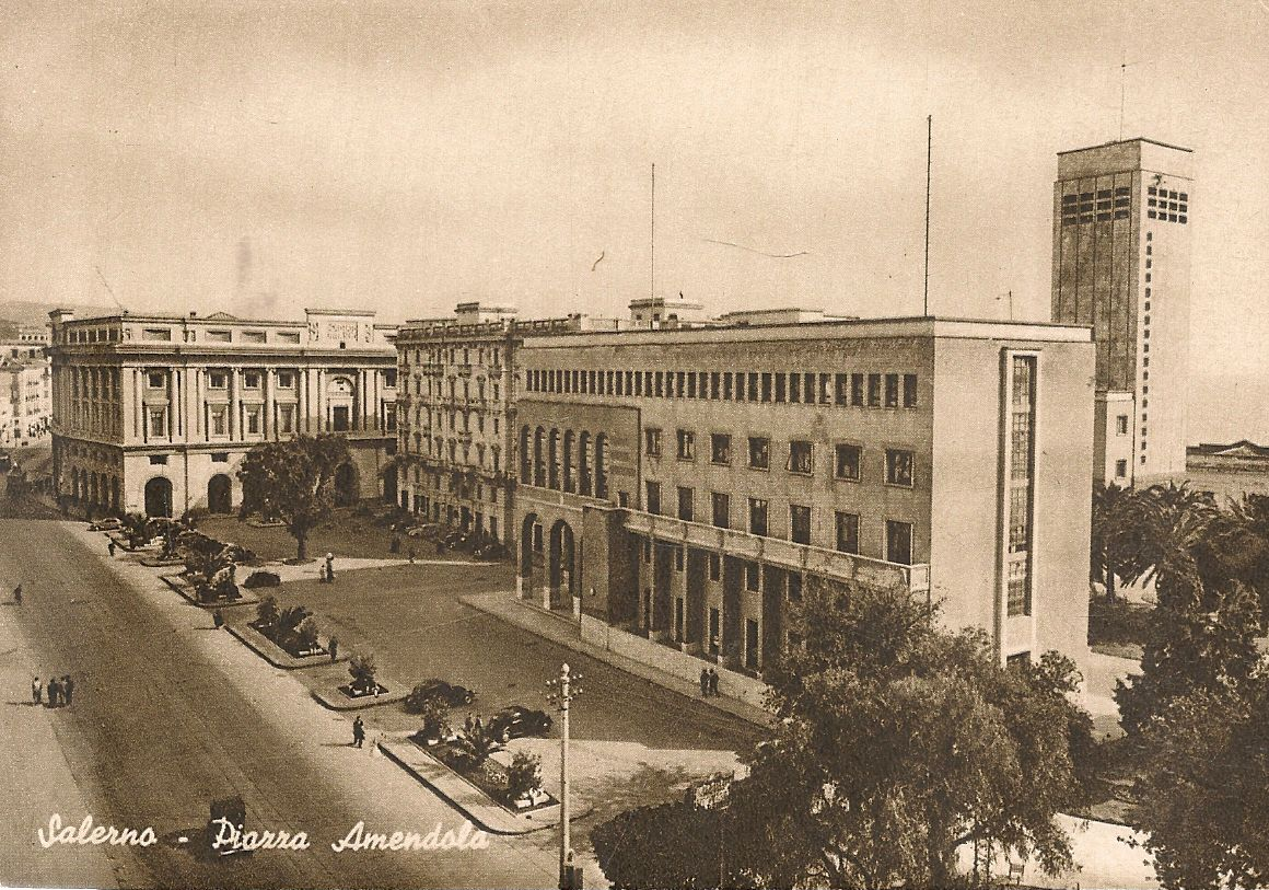 SALERNO - PIAZZA AMENDOLA - NV
